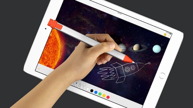 new iPad Crayon stick
