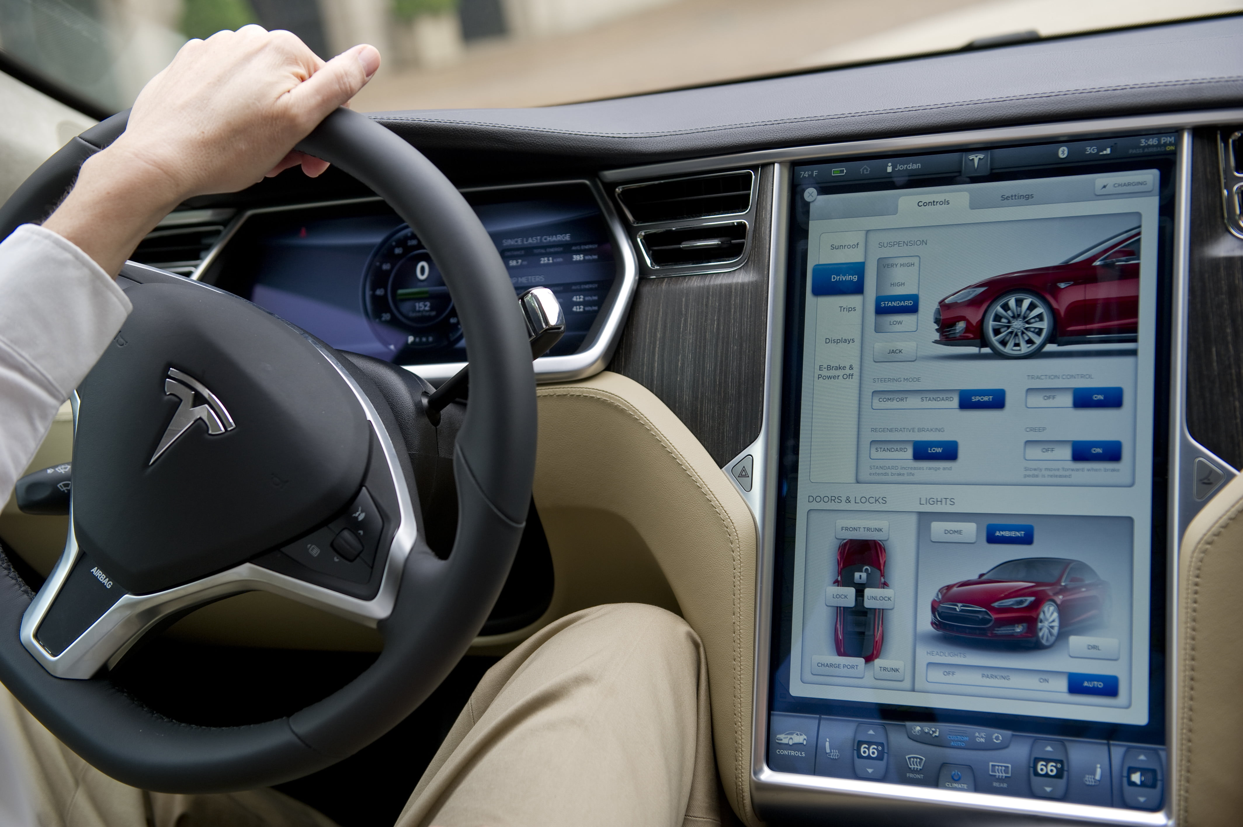 Tesla screens