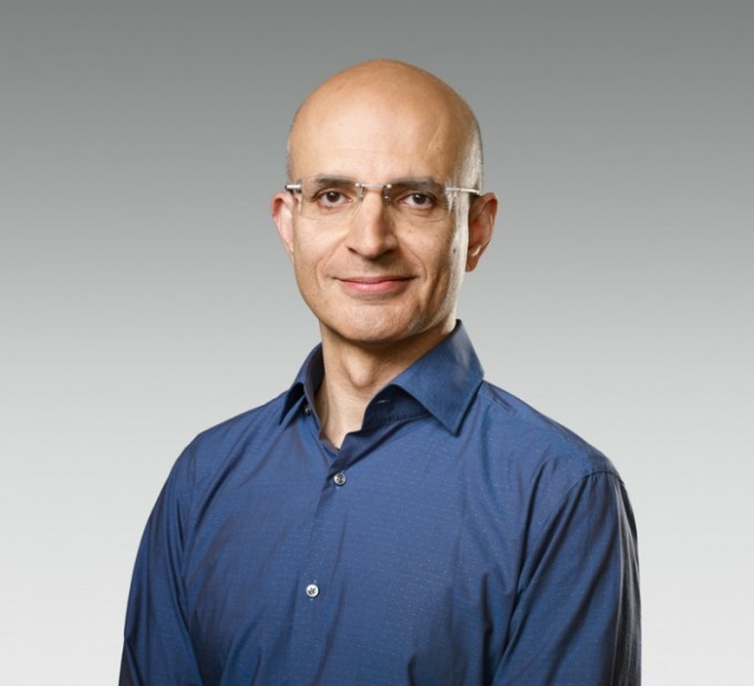 Sabih Khan is Apple's New Senior Vice President of Operations