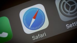 Apple promises hostile treatment of sites that Violate Safari's Privacy