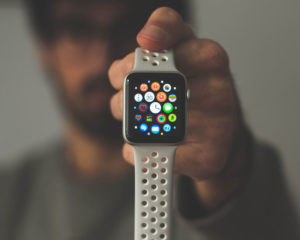 If you have a broken Apple Watch screen, Apple could fix it for Free