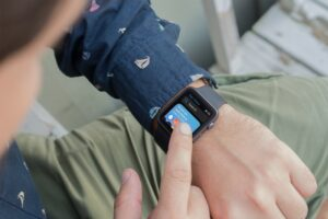 How-to-use-Apple-Watch-App-Store-