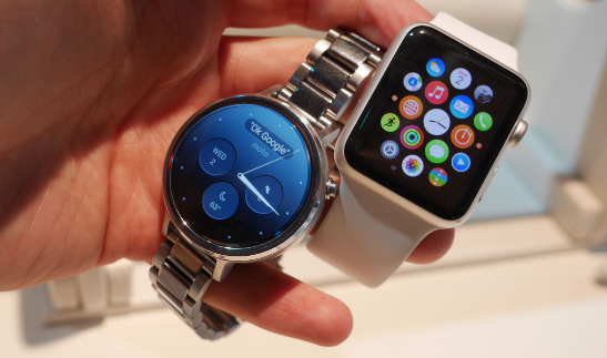 Apple Watch versus Moto 360